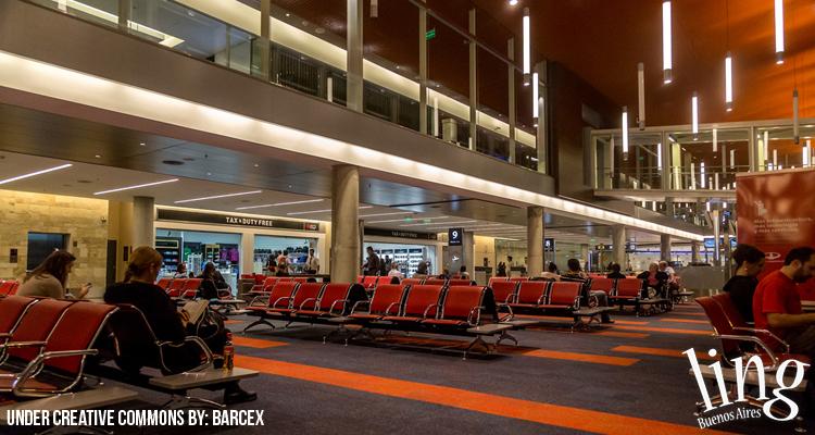 Espera en el Aeropuerto Internacional de Ezeiza