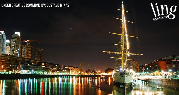 Fragata en Puerto Madero